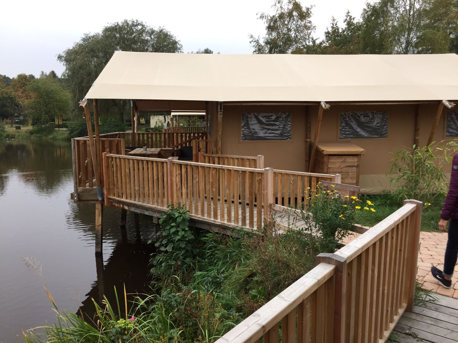 """alt=""""Zelt-Lodge am Victoriasee im Serengeti-Park"""""""