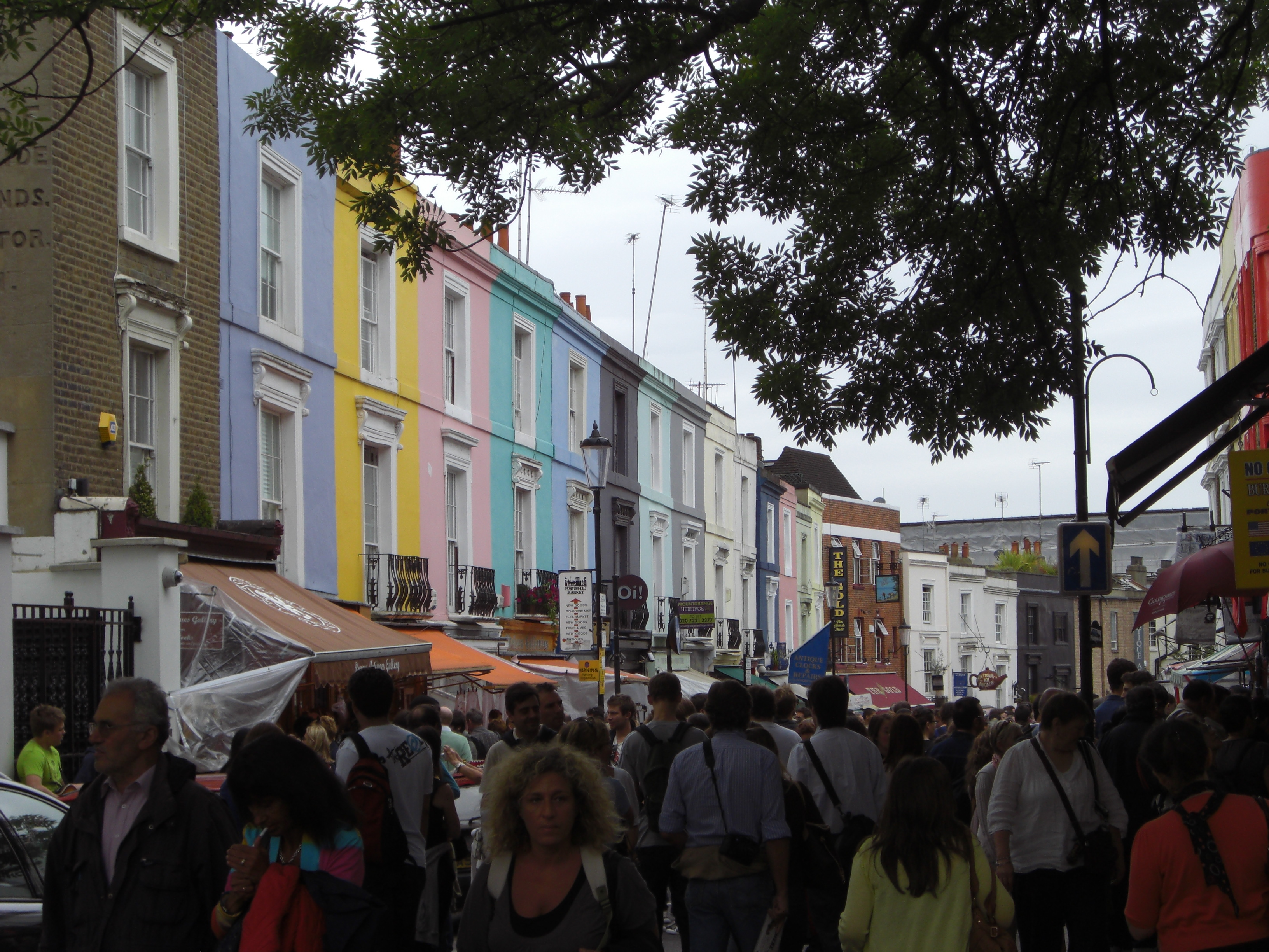 "alt=""Städtetrips London, Blick auf den Portobello Markt in Notting Hill"""