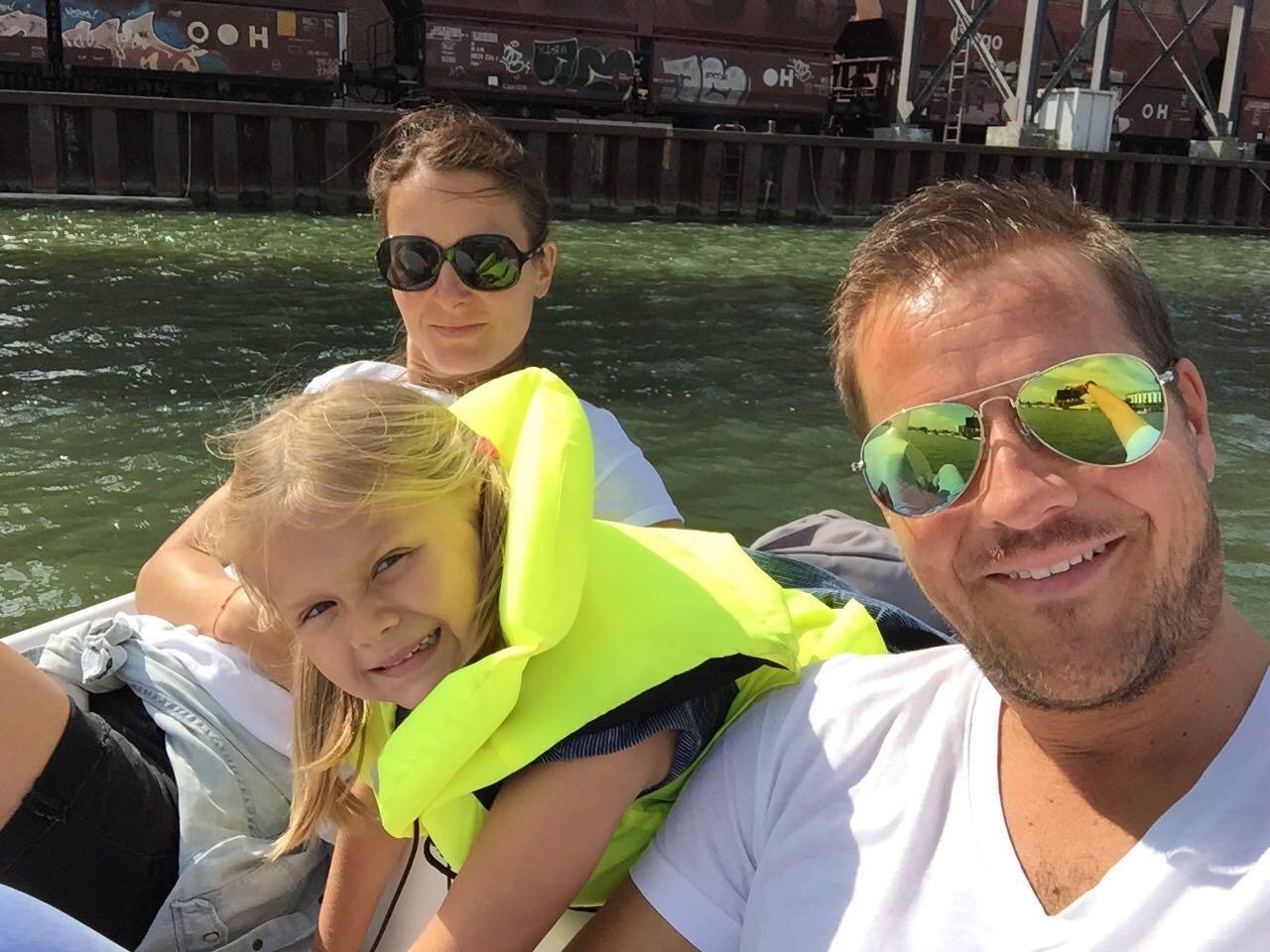 Jahresrückblick: Familie an einem Beach in Wolfsburg