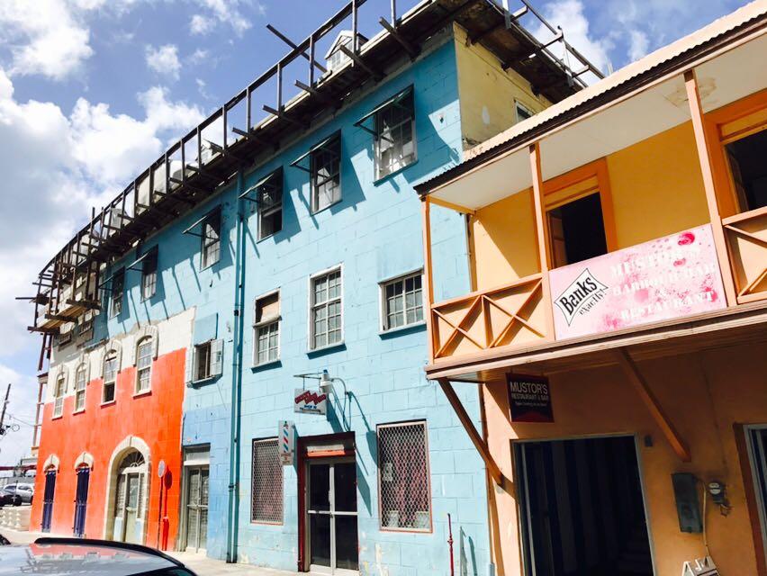 Häuserreihe in Bridgetown, Barbados