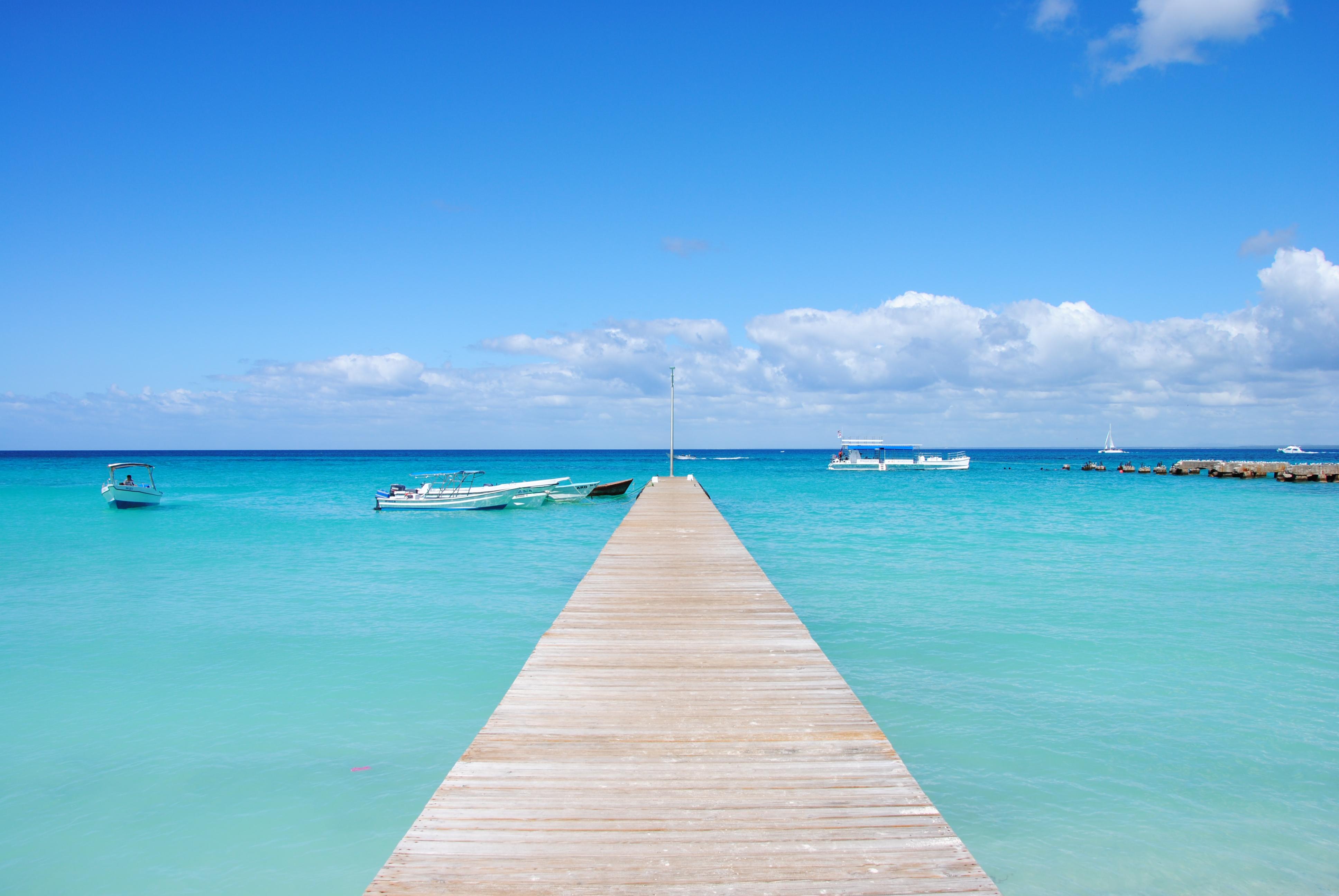 Sommer Foto: Steg, der ins Wasser führt, Saona Island, Dominikanische Republik