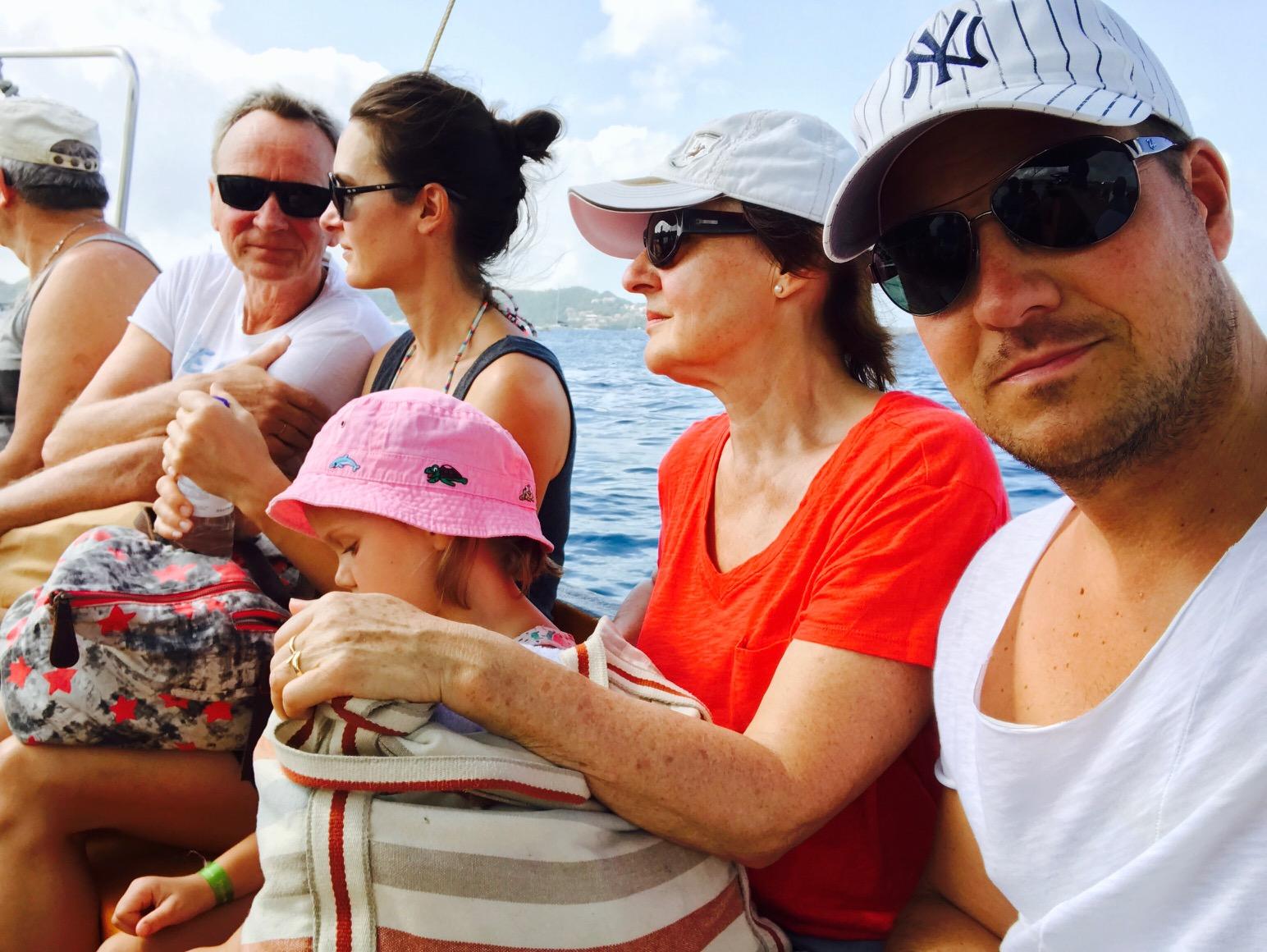 Weg zum Strand mit dem Wassertaxi, Grenada
