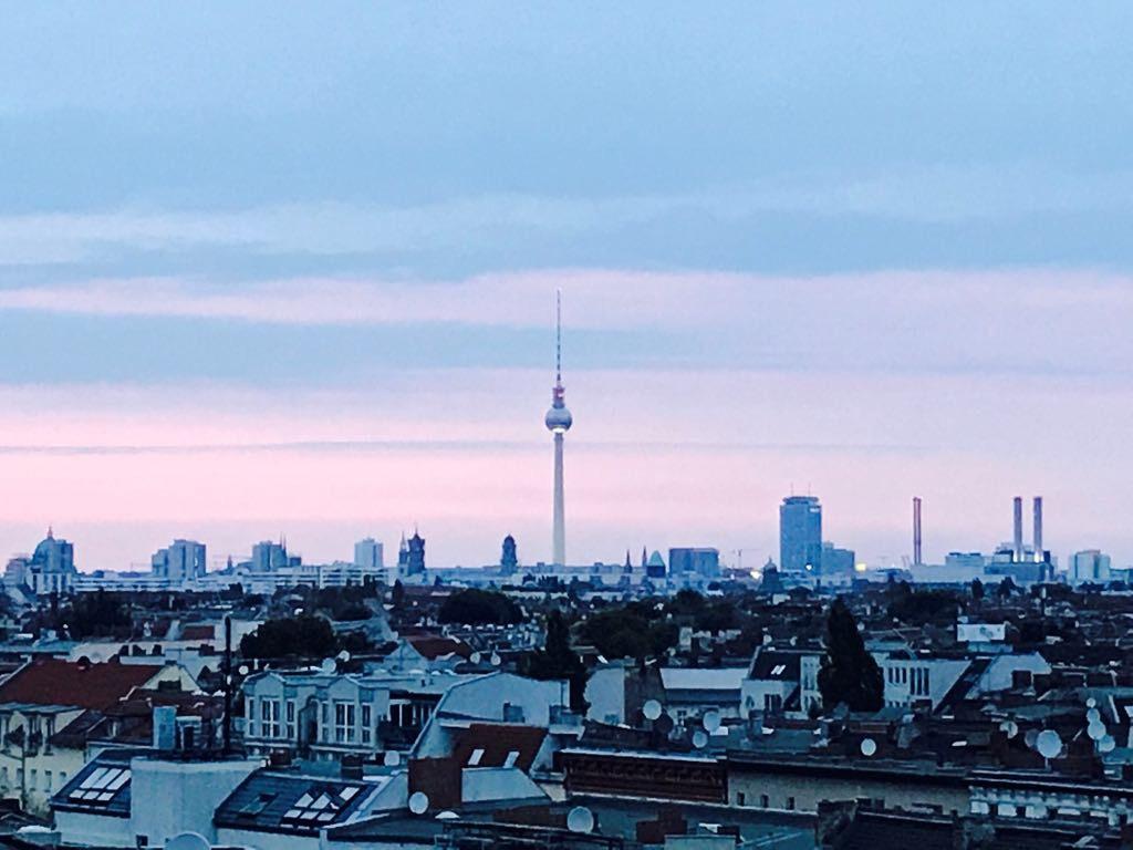Ausblick von der Rooftopbar Klunkerkranich, Berlin