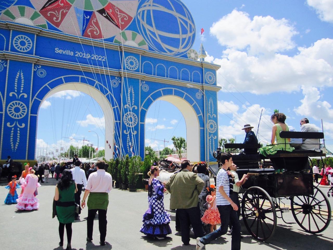 Eingangstor zum Fest Feria de Abril, Sevilla, Andalusien