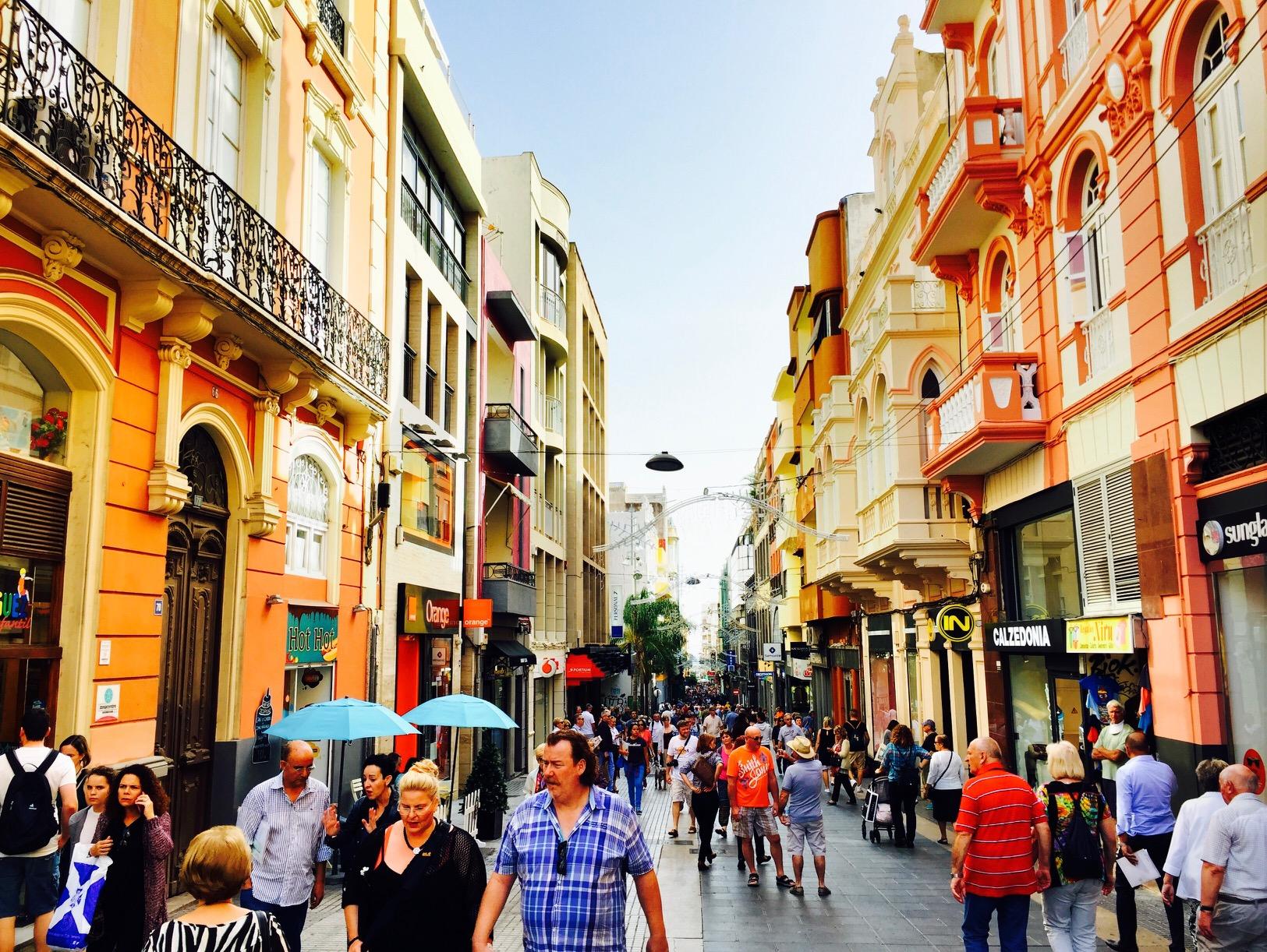 Blick in die Innenstadt von Santa Cruz de Tenerife auf Teneriffa