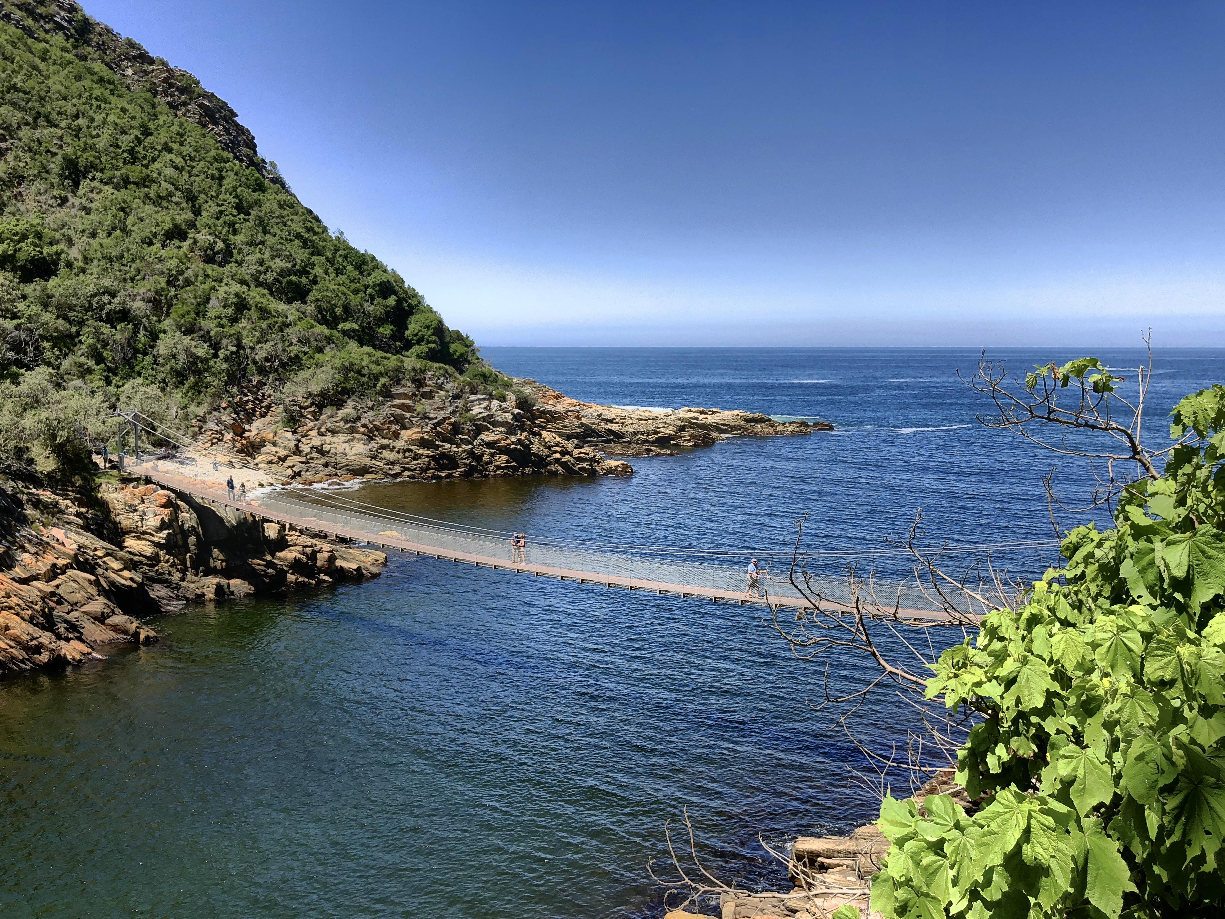 Blick auf die Die Hängebrücken im Tsitsikamma Nationalpark, Südafrika