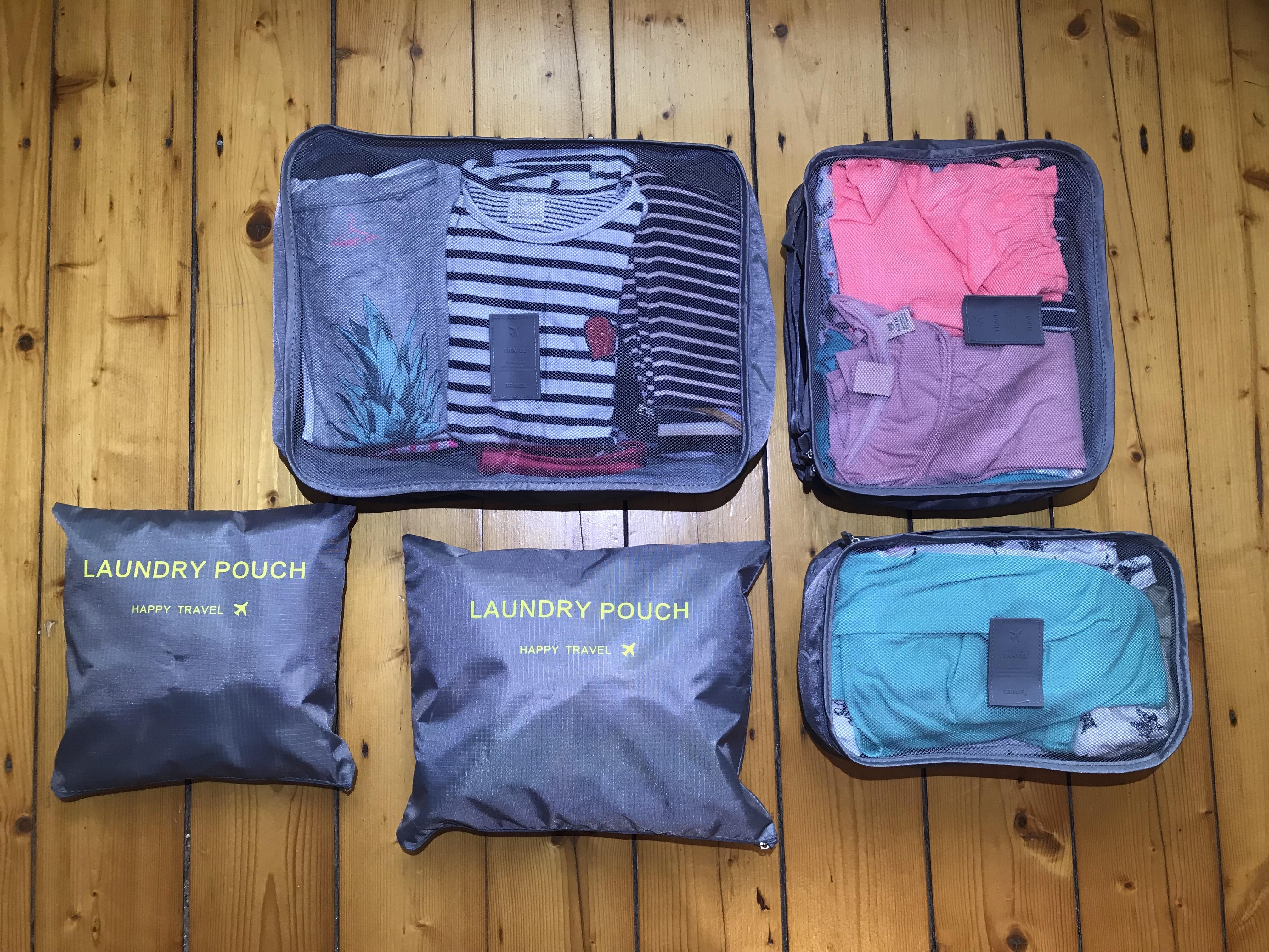 Packwürfel mit Mila's Klamotten