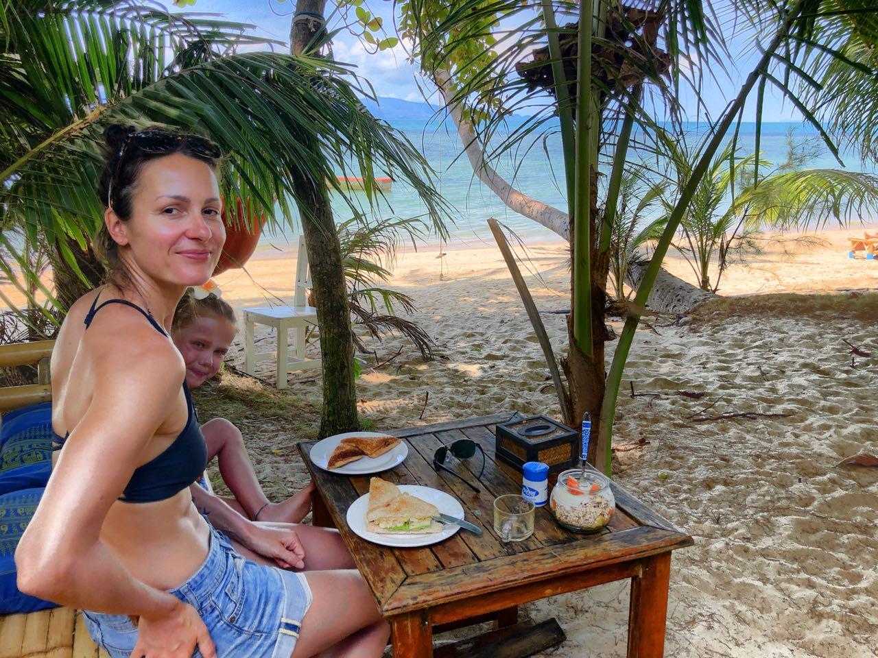 Frühstück am Strand, Silvermoohn Jungle Resort, Klo Phangan, Thiailand