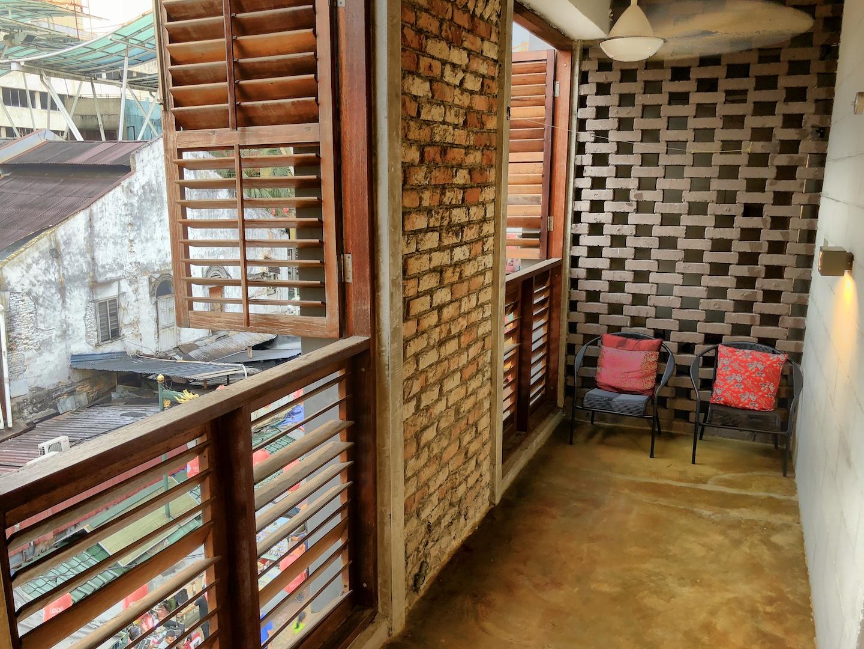 Balkon im Lantern Hotel, Kuala Lumpur
