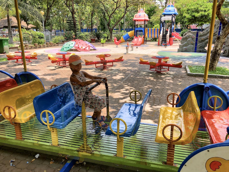 Spielplatz im Park, Ho Chi Minh, Vietnam