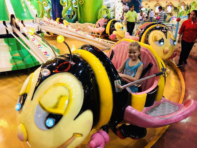 Mädchen im Themepark, Berjaya Mail, Kuala Lumpur, Malaysia