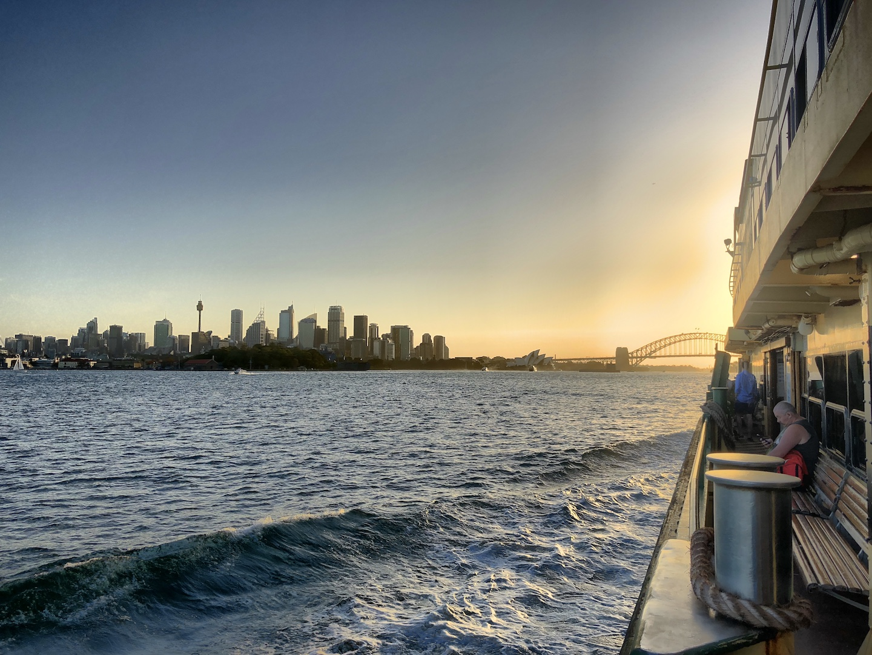 Skyline Sydney  von der Manly Fähre aus