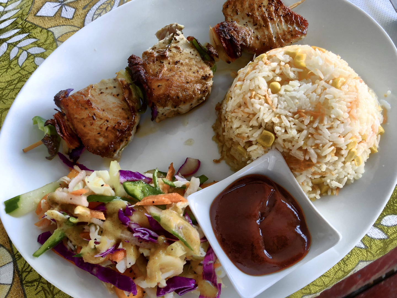 Abendessen von nebenan (Espace Beach), Maupiti