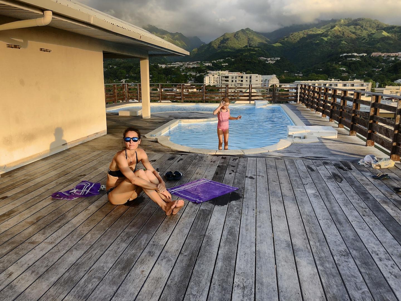 Dachterrasse mit Pool in Papeete, Fahre Arearea Sweet Studio, Tahiti