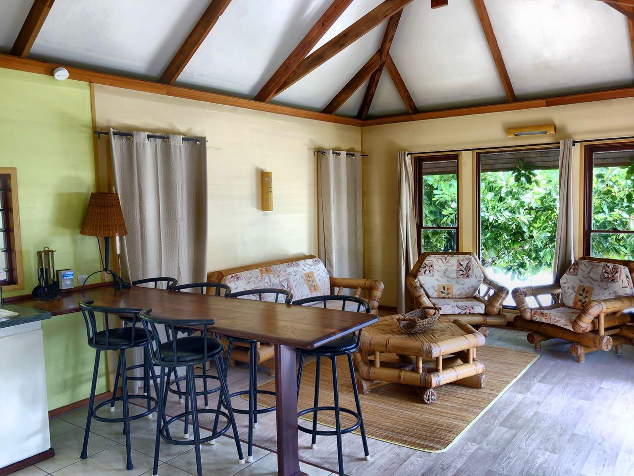 Gemeinschaftsbereich bei Chez Nono, Bora Bora, Südsee