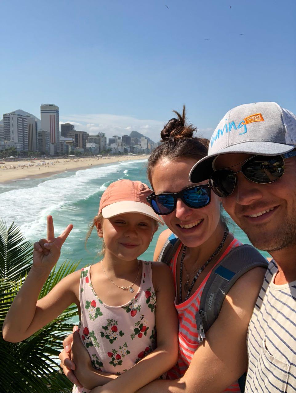 Familie beim Mirante do Leblo, Rio