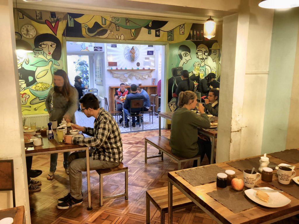Frühstücksraum im Hostel Providencia, Santiago de Chile