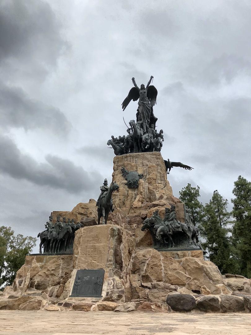 Statue auf dem Cerro de la Gloria, Mendoza
