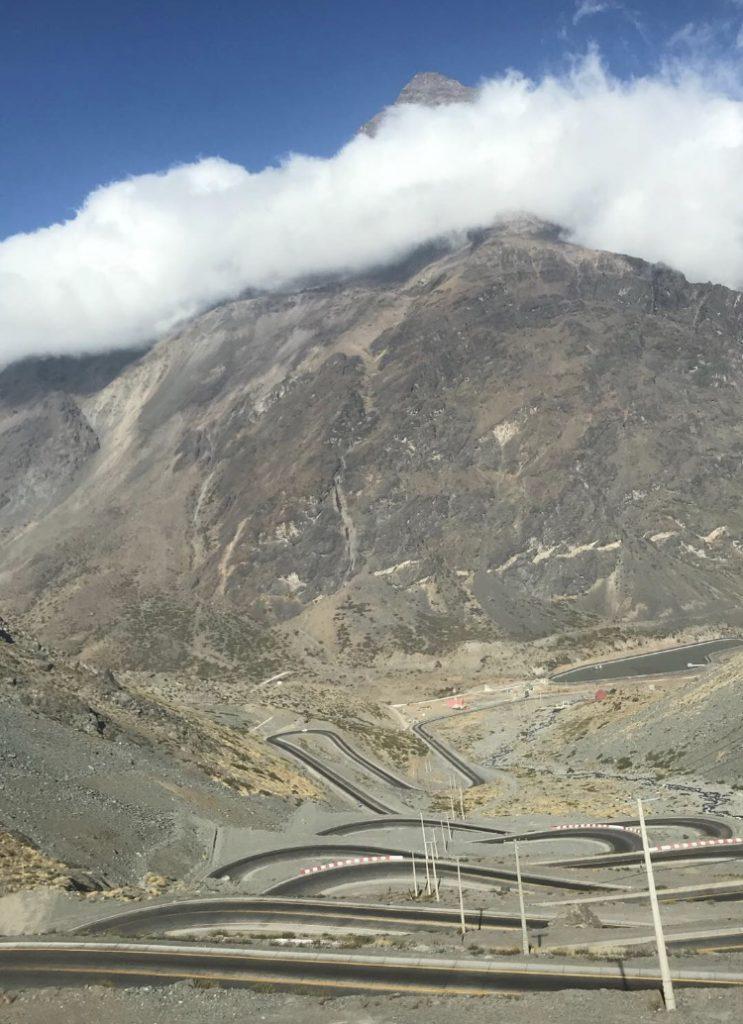 Serpentinen auf dem Weg nach Mendoza