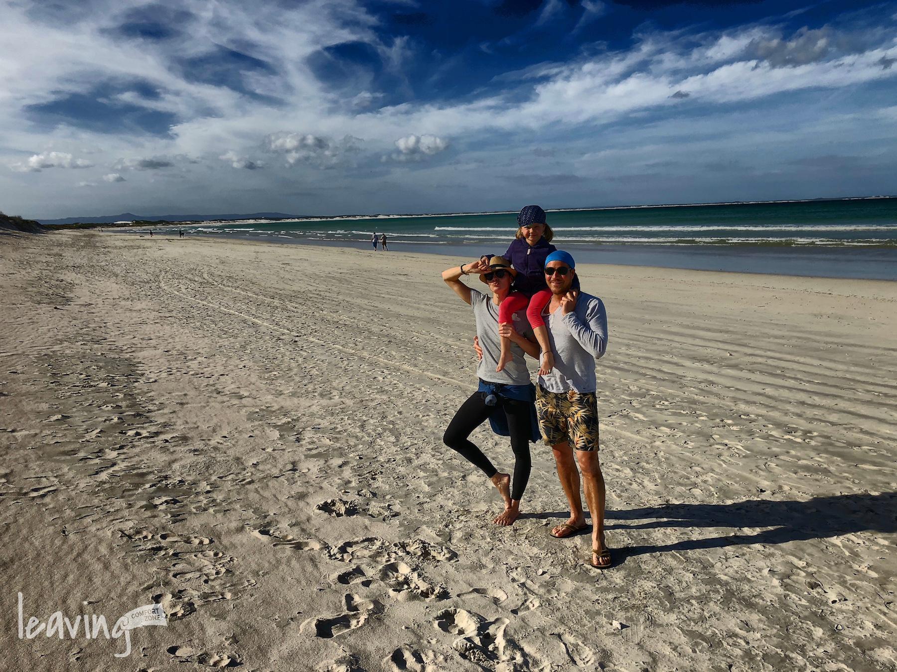 Familie am Strand in Südafrika