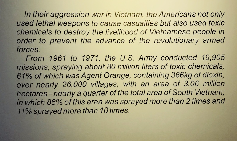War Remnant Museum, Tafel mit Erklärung