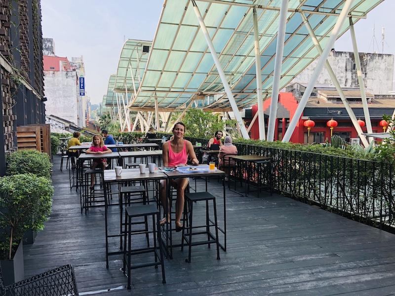 Dachterrasse im Lantern Hotel, Kuala Lumpur