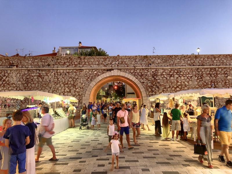 Abendmarkt in Antibes, Côte d'Azur