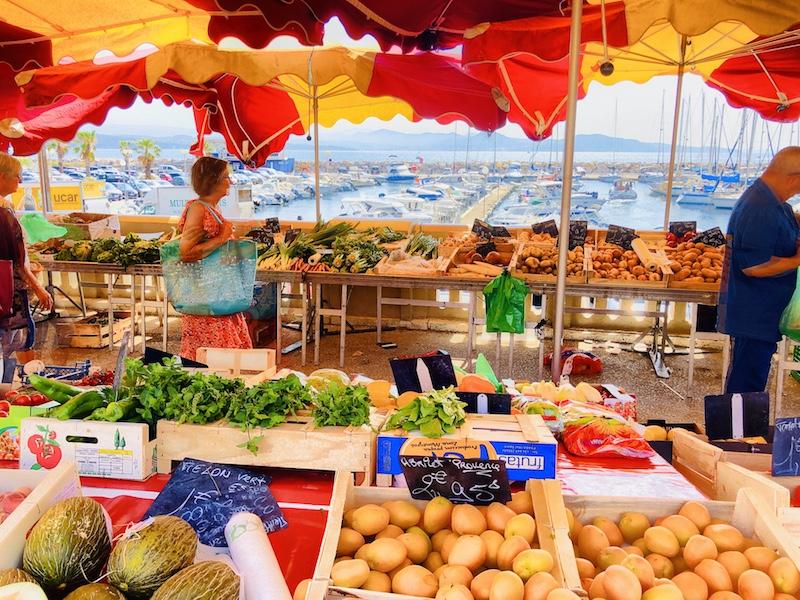 Marktstände in La Ciotat, Provence Cassis, Calanques Küste