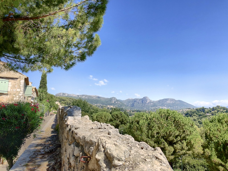 Stadtmauer in Saint-Paul.de-Vence, Côte d'Azur