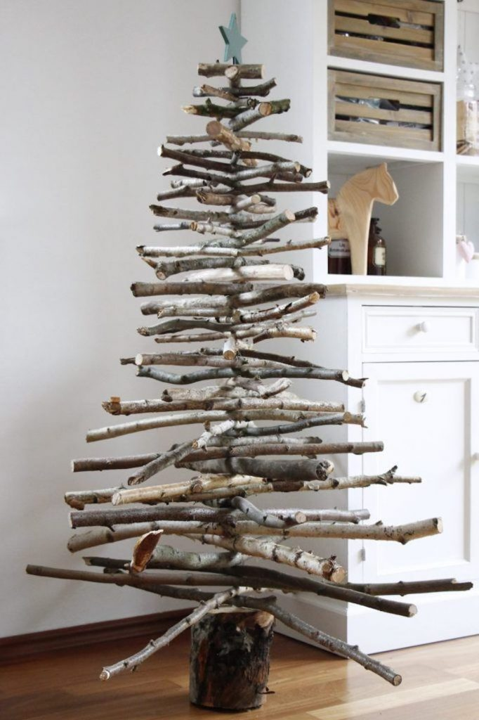 Nachhaltiges Weihnachtsfest - Weihnachtsbaum aus Holz selbst gemacht