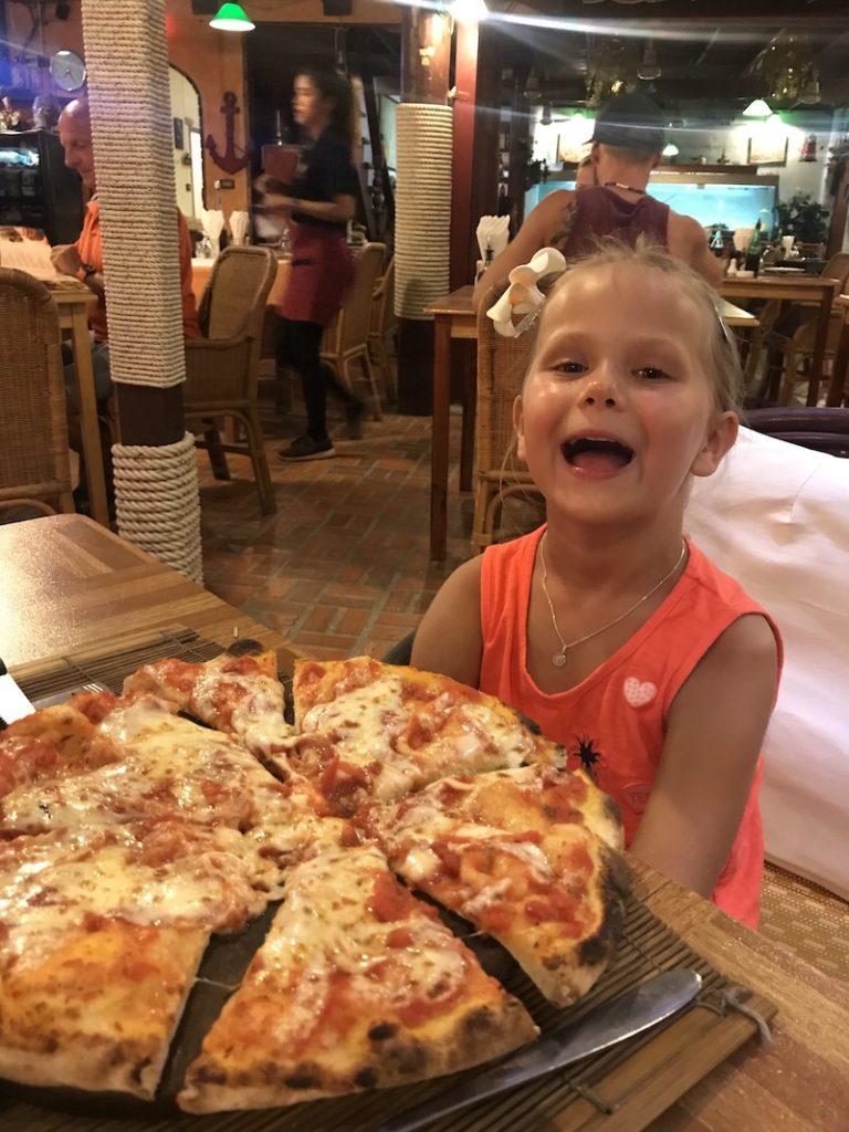 Pizza essen auf Ko Samui