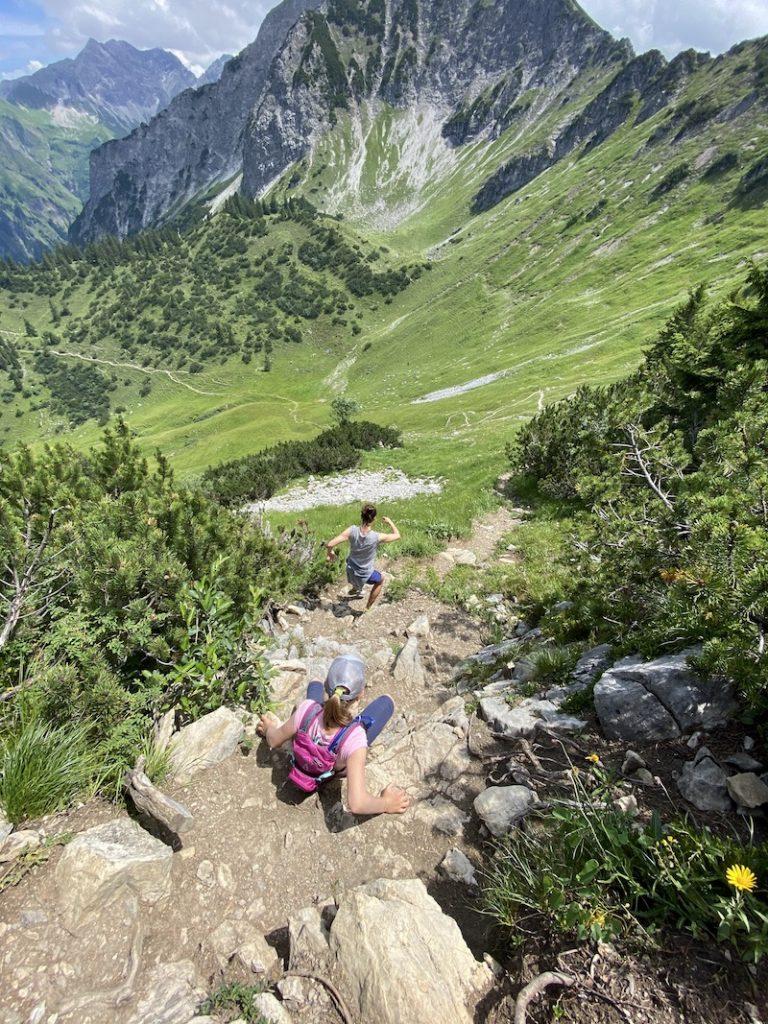 Wanderung zum Gipfelkreuz in den Allgäuer Alpen