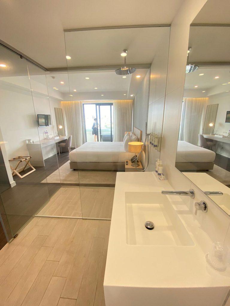 Badezimmer im Longevity Hotel in Portimao, Portugal