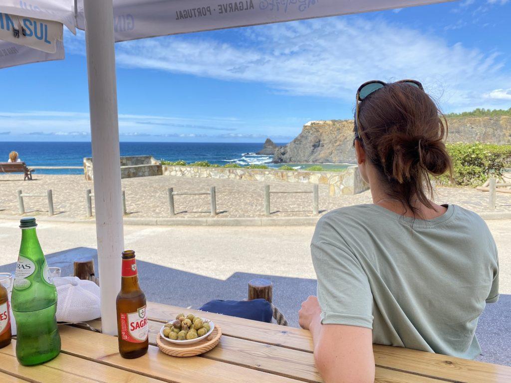 Kiosk Agopito am Praia de Odeceixe Mar, Portugal